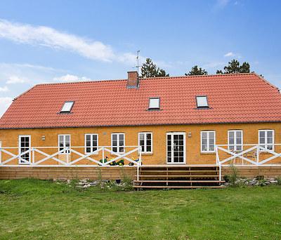 Montering af nye Outline træ/alu vinduer i Høng