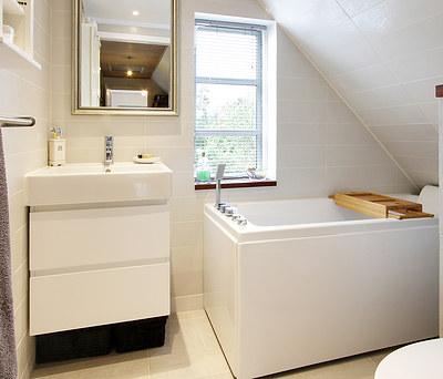 Nyt badeværelse med Hangrohe aramturer i Vejby nær Helsinge