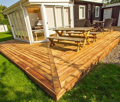 Ny træterrasse i Frøslev Træ til hus i Nykøbing Sjælland